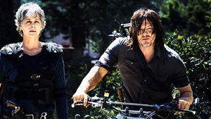 The Walking Dead: Carol e Daryl se abraçam em clipe da oitava temporada