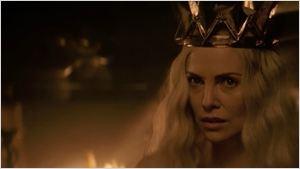 Segundo trailer de O Caçador e a Rainha do Gelo mostra maldade familiar da terrível Ravenna