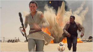 """Daisy Ridley comenta teorias sobre parentesco de Rey em Star Wars: """"Veremos em um ano"""""""