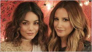 Vanessa Hudgens e Ashley Tisdale se reúnem para fazer dueto que não aconteceu em High School Musical