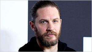 Tom Hardy sugere que interpretaria James Bond se Christopher Nolan dirigisse o filme