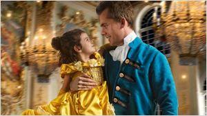 Pai e filha recriam cenas de A Bela e a Fera em ensaio fotográfico