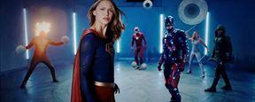 Arrow, The Flash, Supergirl e Legends of Tomorrow se encontram em novo vídeo do Clube da Luta dos Super-Heróis