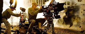 """Michael Bay explica por que jamais vai dirigir um filme da Marvel ou DC: """"Prefiro criar meu próprio universo"""""""