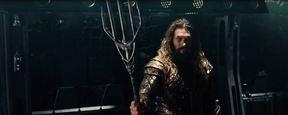 Liga da Justiça: Aquaman domina as águas em comercial de TV e cartaz individual