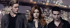 Shadowhunters: Novo teaser destaca o triângulo amoroso entre Clary, Jace e Simon