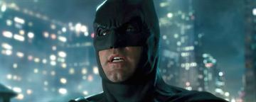 Ben Affleck confessa ter roubado bumerangue do Batman do set de Liga da Justiça