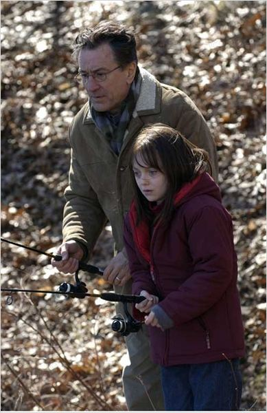 O Amigo Oculto : foto Dakota Fanning, John Polson, Robert De Niro