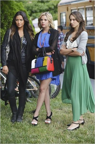 Foto Ashley Benson, Shay Mitchell, Troian Bellisario