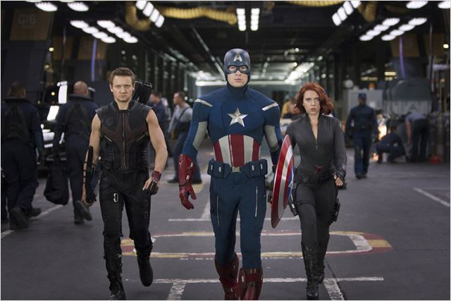 Os Vingadores - The Avengers : foto Chris Evans, Jeremy Renner, Joss Whedon, Scarlett Johansson