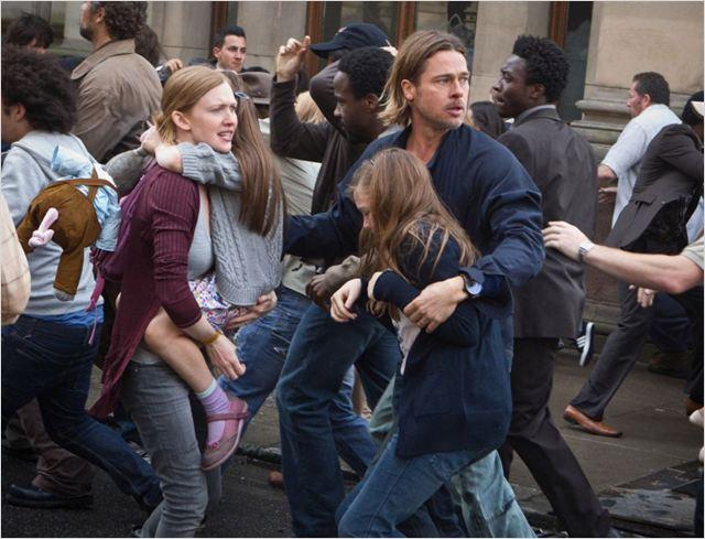 Guerra Mundial Z : Foto Brad Pitt, Mireille Enos, Sterling Jerins