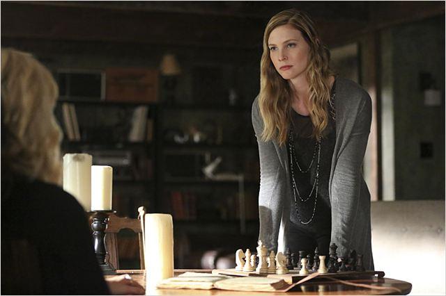elizabeth blackmore vampire diaries