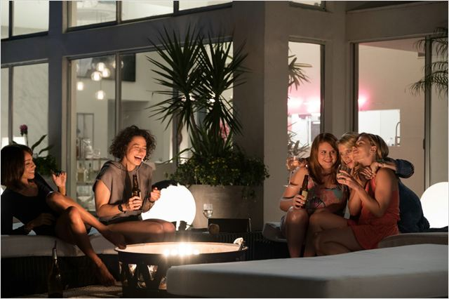 A Noite É Delas : Foto Ilana Glazer, Jillian Bell, Kate McKinnon, Scarlett Johansson, Zoë Kravitz