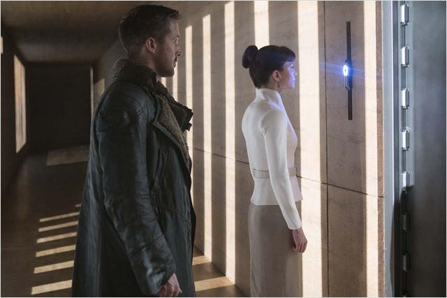 Blade Runner 2049 : Foto Ryan Gosling, Sylvia Hoeks