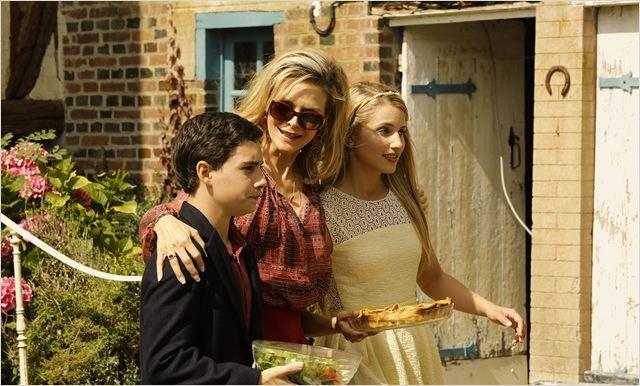 A Família : Foto Dianna Agron, Michelle Pfeiffer