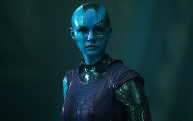 Descrição do personagem: Nebula (Karen Gillan)
