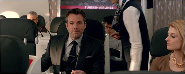 Batman Vs Superman: Companhia aérea oferece voos para Metrópolis e Gotham