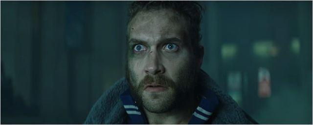 """Jai Courtney diz que o diretor David Ayer trabalhou de modo """"psicótico"""" em Esquadrão Suicida"""