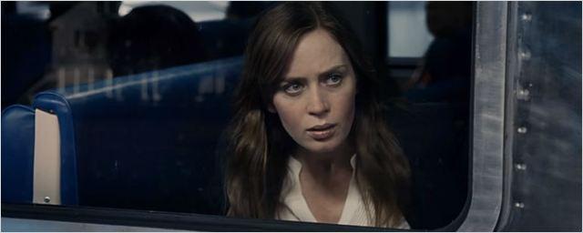 Emily Blunt se envolve em um mistério sombrio no primeiro trailer legendado de A Garota no Trem