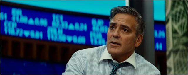 Exclusivo: Clipe de Jogo do Dinheiro mostra George Clooney como apresentador de TV ameaçado ao vivo por homem armado