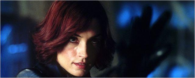 Famke Janssen, ex-Jean Grey, acusa responsáveis pela franquia X-Men de sexismo