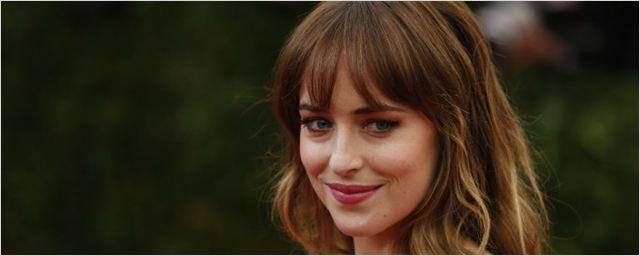Dakota Johnson se junta a Andrew Garfield em novo projeto do diretor de Corrente do Mal