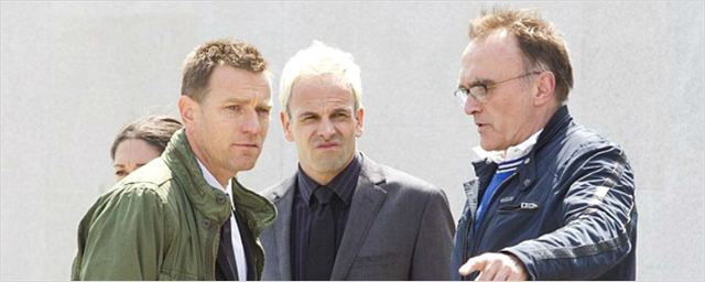 Ewan McGregor, Jonny Lee Miller e Danny Boyle são clicados no set de Trainspotting 2