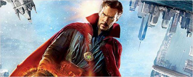 Doutor Estranho atravessa dimensões em novo cartaz do longa