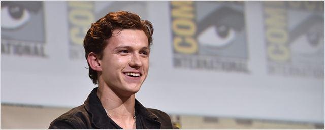 Tom Holland manda passinho em vídeo dos bastidores de Homem-Aranha