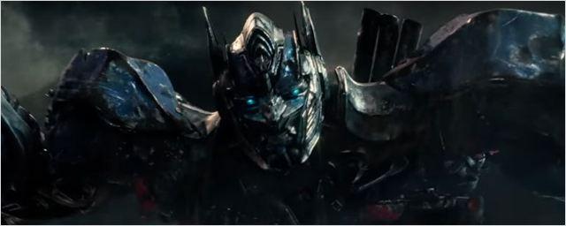 Novo comercial de TV de Transformers: O Último Cavaleiro anuncia briga entre homens e máquinas