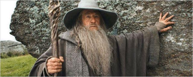Ian McKellen vai voltar a interpretar Gandalf. Só que no teatro