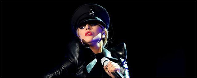 Saiu a primeira foto de Lady Gaga e Bradley Cooper no remake de Nasce uma Estrela