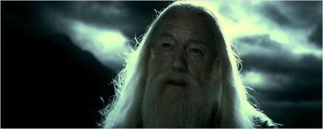 Harry Potter: Teoria de fã sugere que morte de Dumbledore tinha sido revelada em O Prisioneiro de Azkaban