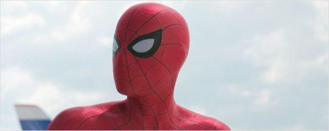 Com direito a drone, novo traje do Homem-Aranha é apresentado