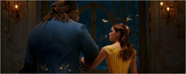 Emma Watson e Dan Stevens apoiam uma possível sequência de A Bela e a Fera