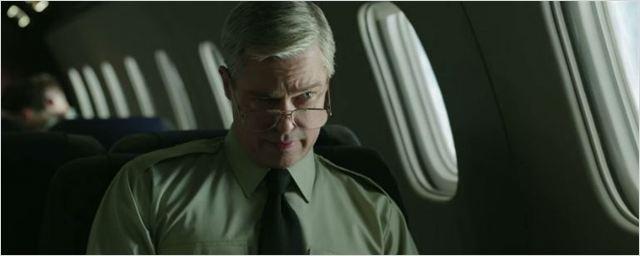Brad Pitt é um líder sarcástico em novo trailer de War Machine (Exclusivo)