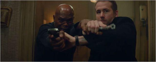 Ryan Reynolds e Samuel L. Jackson matam inimigos e xingam muito em novo trailer de Dupla Explosiva