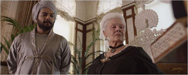 Confira trailer e cartaz de Victoria e Abdul - O Confidente da Rainha, novo filme com Judi Dench