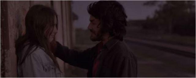 Mulher do Pai: Romance jovem é destaque em cena do elogiado filme nacional (Exclusivo)