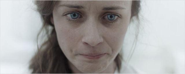 The Handmaid's Tale: Alexis Bledel é promovida ao elenco regular da segunda temporada