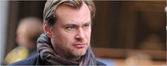 Christopher Nolan afirma que nunca dirigirá um filme da Netflix, mas elogia a Amazon