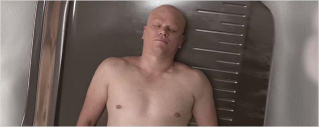 Matt Damon encolhe no primeiro trailer de Pequena Grande Vida