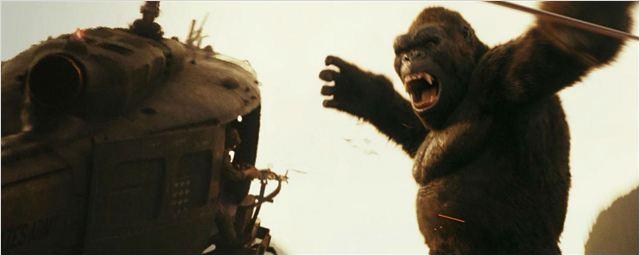 Diretor de Kong: A Ilha da Caveira ajuda a zoar o próprio filme em trailer honesto