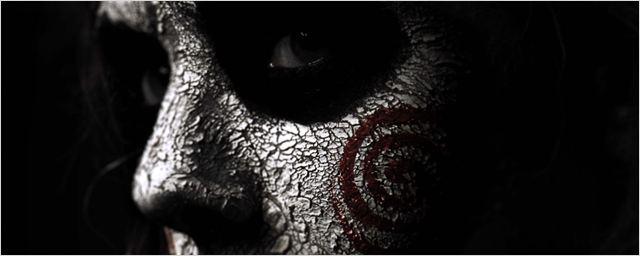 Jogos Mortais - Jigsaw: Novos cartazes mostram personagens com maquiagem do vilão