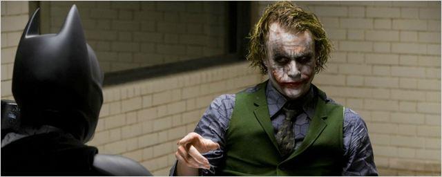 Christian Bale revela que Heath Ledger pediu para apanhar de verdade em cena de O Cavaleiro das Trevas